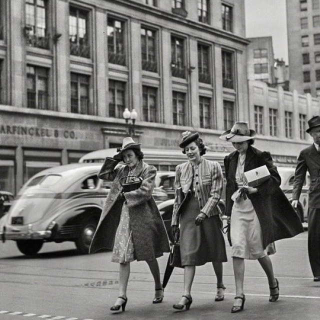 Washington women in 1939 walking along 14th Street with Garfinckels Dept Store in background